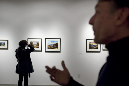 large_gallery