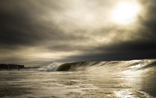 Long-Beach-NY-empty-wave[1]
