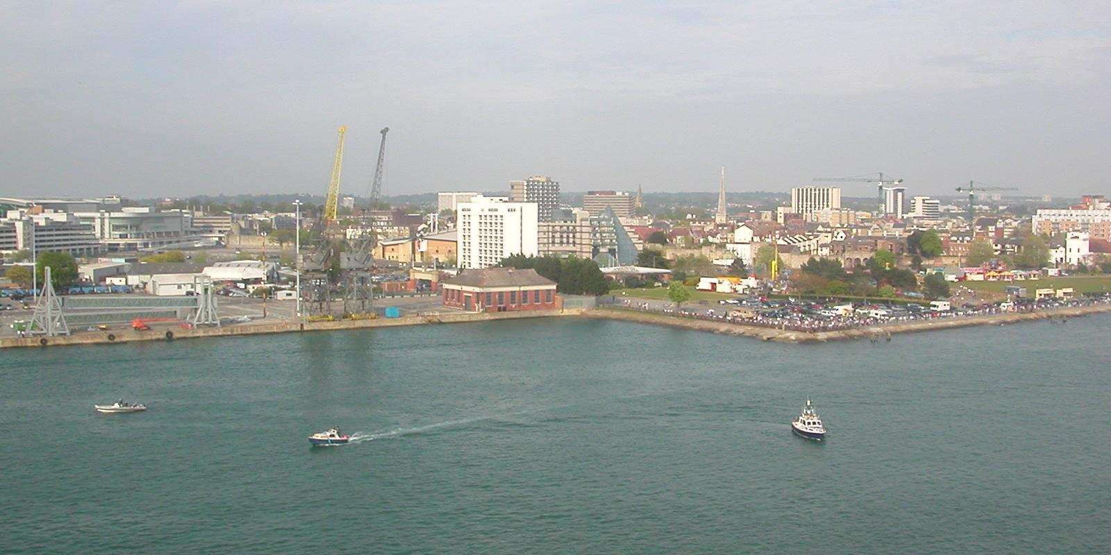 Southampton_from_Aurora_01[1]